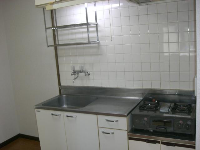 シンプルなキッチンです。(キッチン)