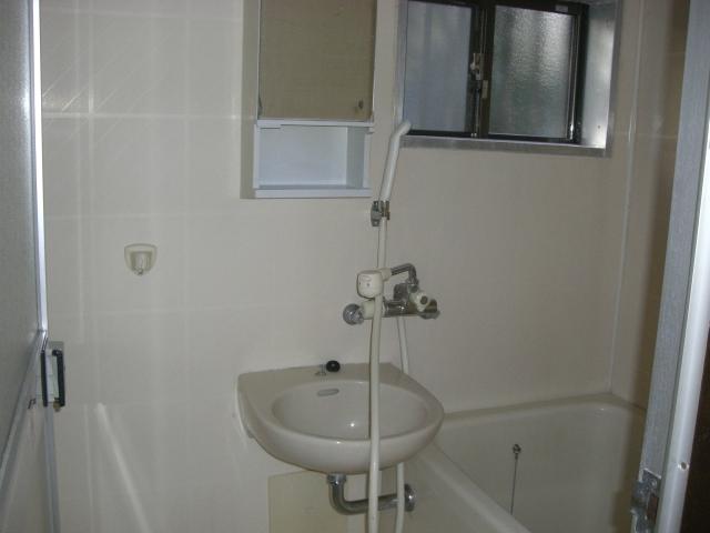洗面ボウル付の浴室です。(風呂)