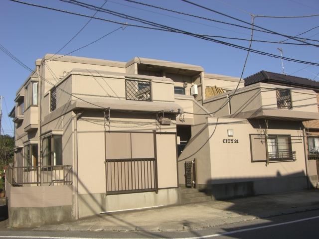 鉄筋コンクリート造のマンションです。(外観)