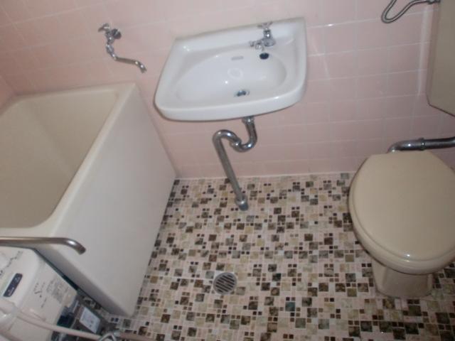 バス・トイレの様子です。(風呂)