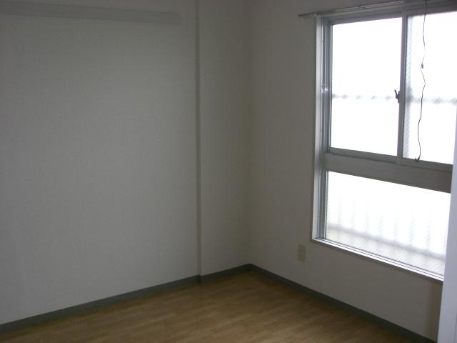 4.5帖の洋室です。