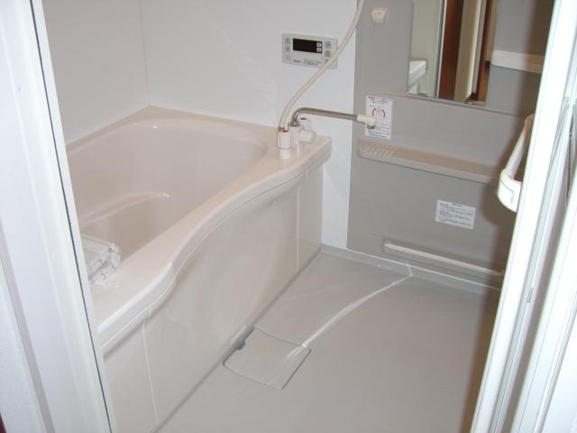 嬉しい、追焚き給湯付の浴室です☆(風呂)