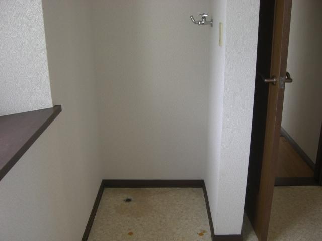 室内洗濯機置き場ございます☆
