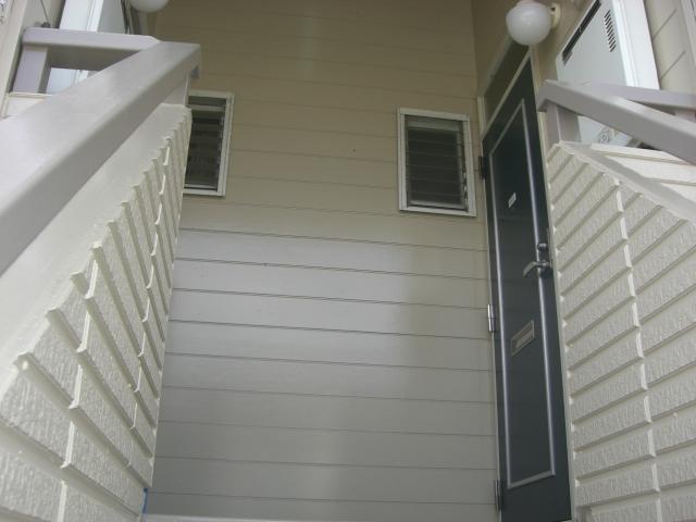 2階共用部分になります。(玄関)